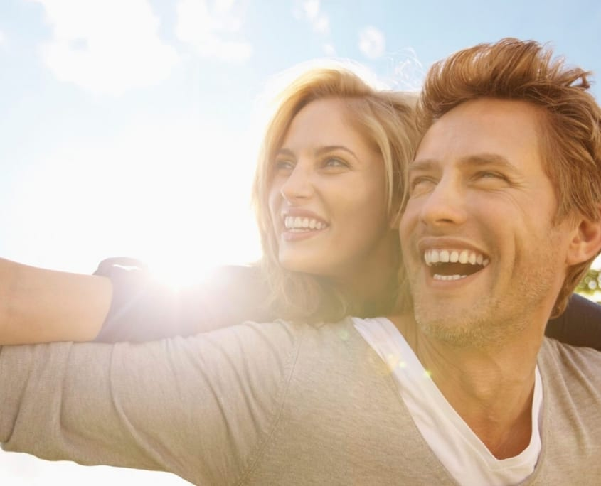About Anne Serry - Melbourne Counselling centre - Happy Couple Enjoying Sunny Day Smiling